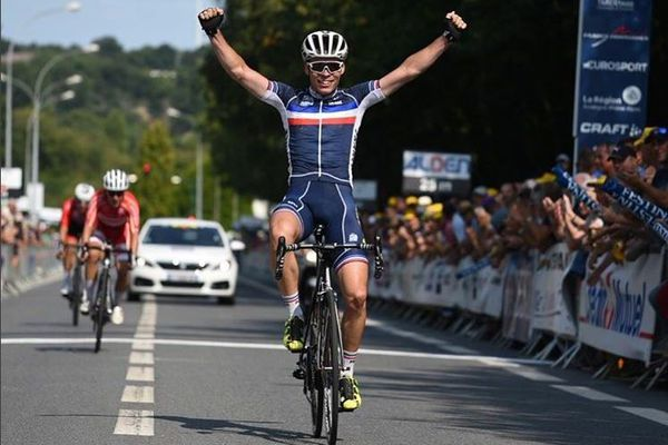 Le Breton Alan Riou remporte à Châteaubriant (44) la deuxième étape du Tour de l'Avenir 2018