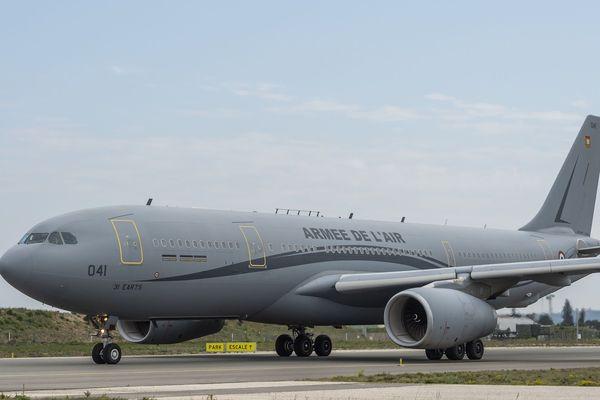 Un Airbus A330 Phénix de l'armée de l'air équipé du système Morphée va transférer des malades du covid19 de Mulhouse à Hambourg