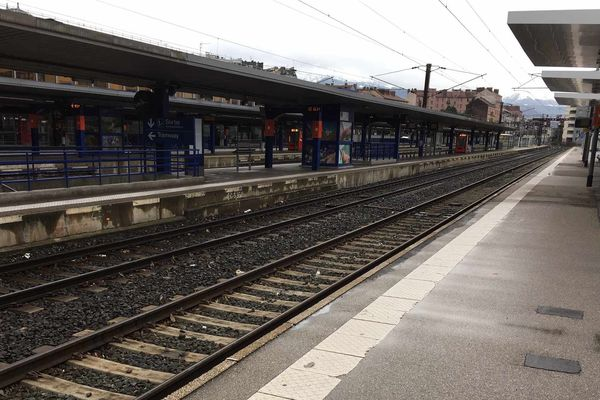 La gare de Grenoble ce matin