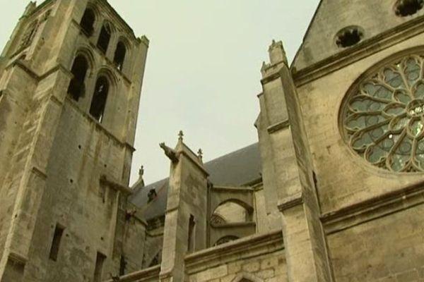 réfection de l'église de Chambly dans l'Oise