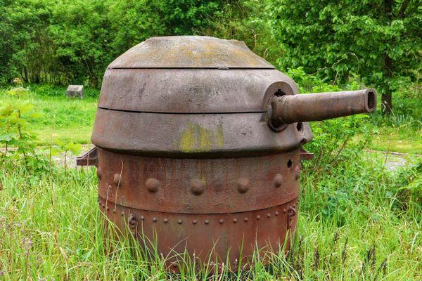 La tourelle du soldat Beaulieux. En 1940, elle était camouflée dans le sol.