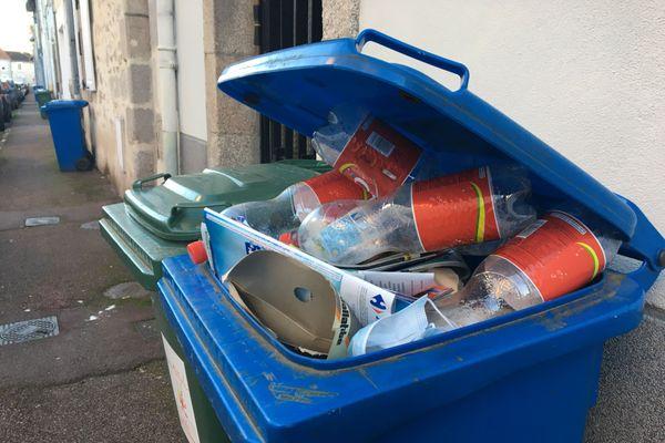 Le volume des déchets recyclables augmente et les déchets ménagers diminuent.