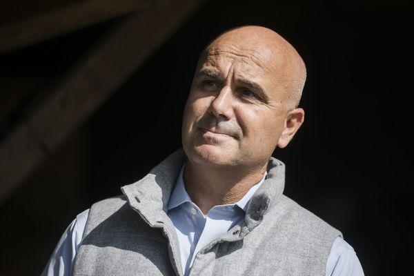 """Nicolas Perruchot à La Marolle-en-Sologne pour la """"Fête de la Violette"""" le 19 septembre 2020."""