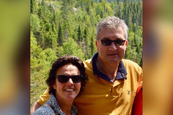 Patrick Davergne avec sa femme Isabelle désormais bloqués au Kenya depuis le 8 mars 2020.