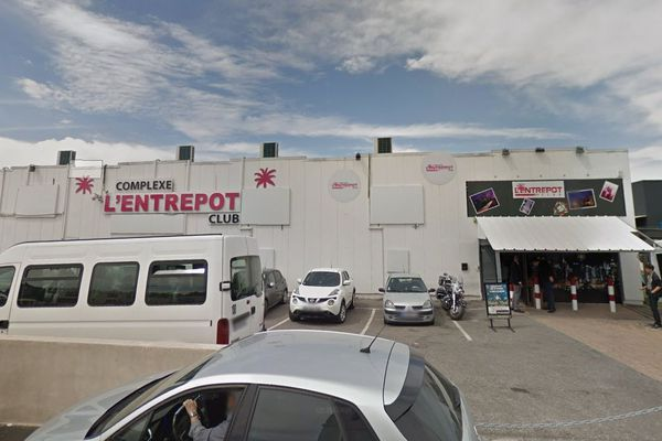 Les faits se sont produits sur le parking de la boîte de nuit L'Entrepôt, à Lattes.