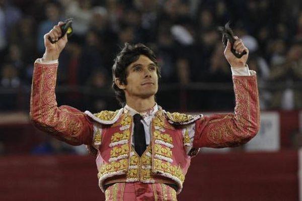 """Castella, 2 oreilles,a relancé la """"Temporada Grande"""" de Mexico qui en avait bien besoin."""