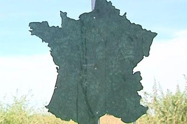 """Depuis 1993, la commune de Nassigny, dans l'Allier, a été reconnue officiellement comme """"Centre de la France"""""""