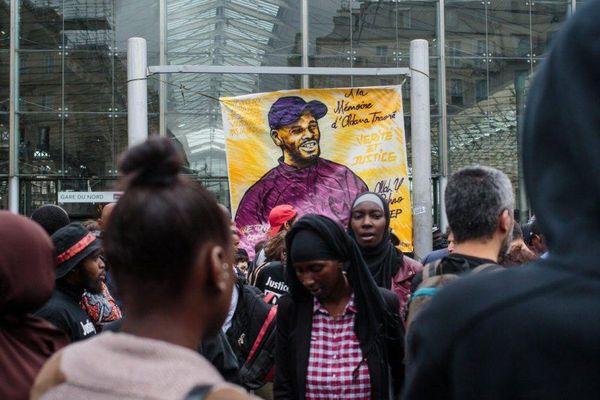 Un rassemblement à la mémoire d'Adama Traoré, le 30 juillet 2016, à Paris.