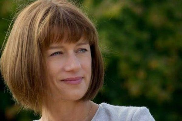 """Carole Gaessler, présentatrice de l'émission """"Des racines et des ailes"""""""