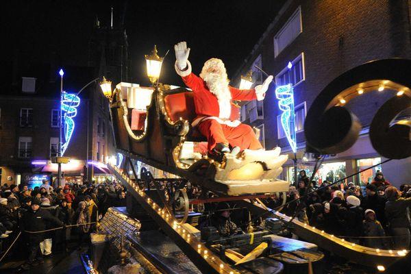 Une parade de Noël avait déjà parcouru la ville en 2011