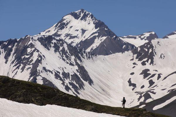 Vendredi 4 décembre, les plus fortes chutes de neige sont attendues dans l'Oisans et sur les sommets du sud de la Maurienne.