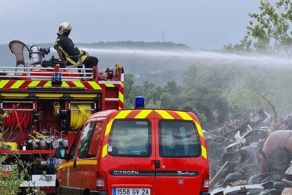 Un incendie s'est déclaré dans une casse automobile de Porto-Vecchio, ce vendredi 17 juillet.