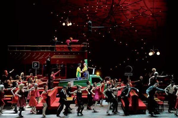 La vie Parisienne - Direction musicale Sébastien Rouland - Mise en scène et costumes Laurent Pelly - Adaptation des dialogues et dramaturgie Agathe Mélinand