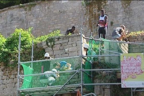 Salins-les-Bains : le chantier de jeunes
