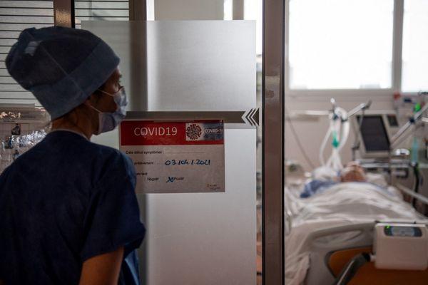 Thierry a passé 8 jours à l'hôpital, dont 3 sous oxygène, avec 40% des poumons infectés.