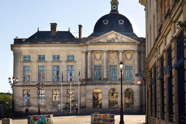 Selon Benoist Apparu, le maire de Châlons-en-Champagne, la ville est la mieux dotée en agents relocalisés
