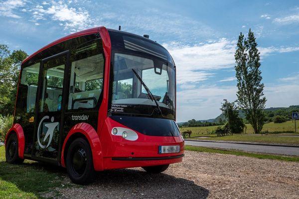 NIMFEA , navette autonome électrique qui circulera entre Vernon et Giverny (Eure)