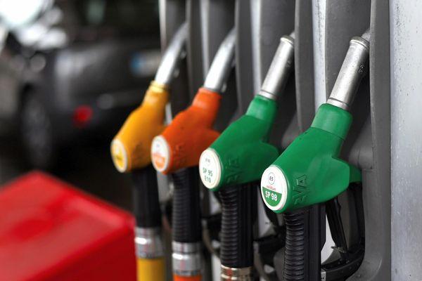 Le prix du carburant bat des records au troisième trimestre 2021.