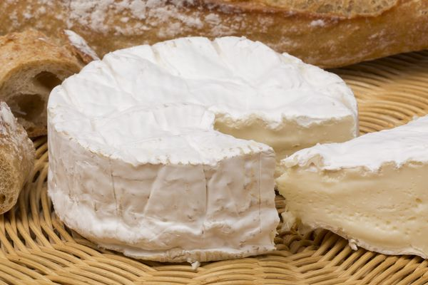 """D'ici 2020, le camembert AOP deviendra le """"Camembert de Normandie"""", celui au lait cru sera le """"véritable camembert de Normandie""""."""