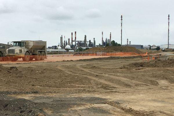 Débuté fin 2019, le chantier de contournement SNCF de la zone industrielle de Donges va se poursuivre jusqu'à fin 2022