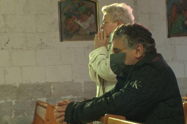 29 octobre 2020- Roseline Hamel et Mgr Dominique Lebrun dans l'église de Saint-Etienne du Rouvray (Seine-Maritime)