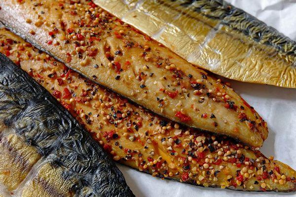 Le maquereau est un poisson gras doté de nombreux bénéfices santé.