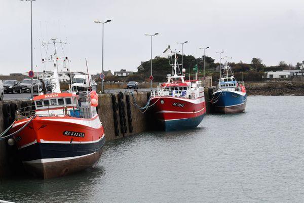 Les bateaux de pêche au port de Roscoff.