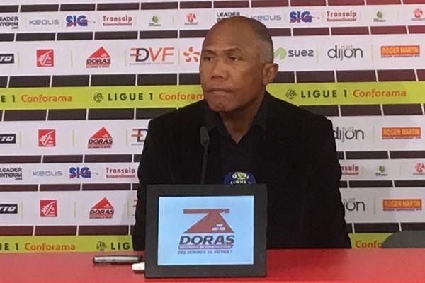 Antoine Kombouaré, l'entraîneur du Dijon FCO, club de football de Ligue 1