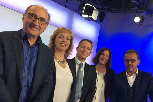 Eric Halphen, Francine Fourmentin et Ophélie Lerouge avec Franck Besnier et Chaunu sur le plateau de Dimanche en politique - 12 mai 2017