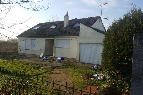 La maison de l'une des huit personnes interpellées dans le cadre de l'enquête sur le double meurtre dans le Montargois.