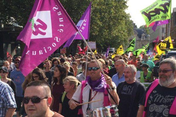 1500 personnes ont défilé à Lille contre la loi travail ce jeudi.