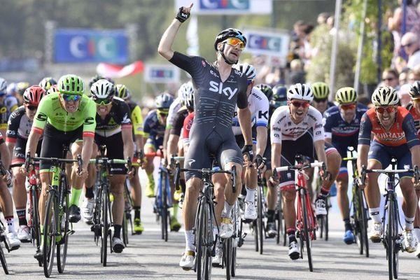 Victoire de Elia Viviani (Team Sky) lors de l'épreuve élite homme du Grand Prix de Plouay 2017