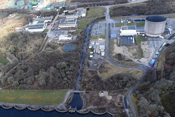 La centrale nucléaire de Brennilis, en cours de démantèlement dans le Finistère