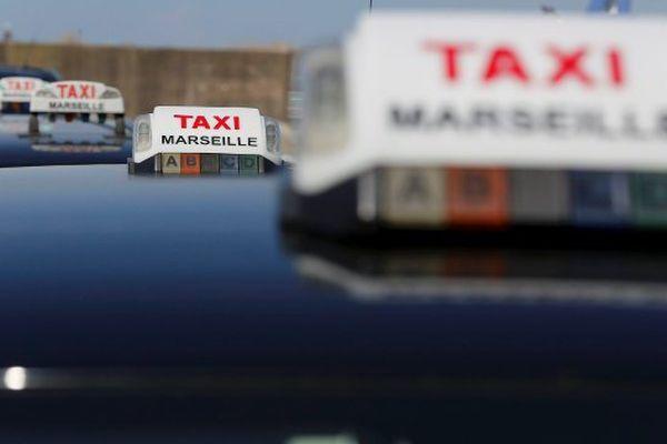 Marseille : arrestation de trois hommes suspectés d'agression sur des chauffeurs de taxis