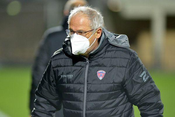 L'entraîneur du Clermont Foot Pascal Gastien espère que ses joueurs pourront revenir à leur meilleur niveau, une fois remis du COVID 19.