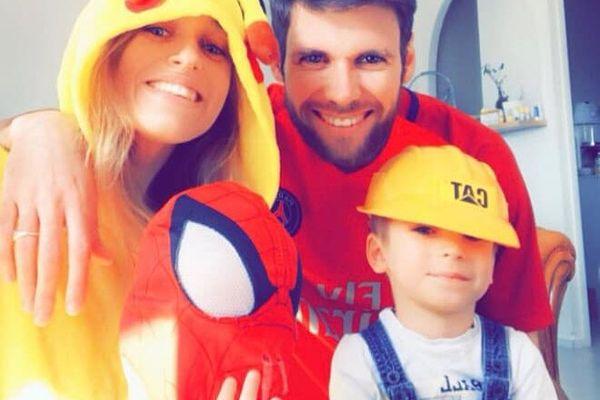 Un mélange détonnant en famille avec une équipe composée de Pikachu, Spiderman, Bob le Bricoleur et un joueur du PSG.