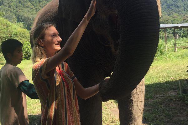 Coralie voyageait en Thaïlande pour découvrir le pays et parfaire son anglais.