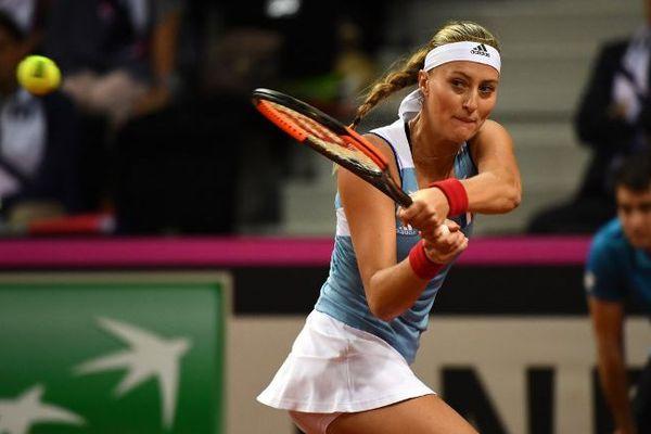 Kristina Mladenovic, en demi-finales de la Fed Cup.