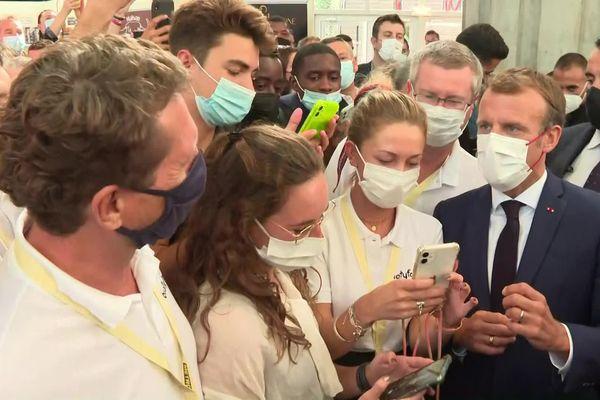 Le président Emmanuel Macron en visite au 20e Sirha de Lyon - 27/9/21 - Le chef de l'Etat était très attendu ce lundi matin