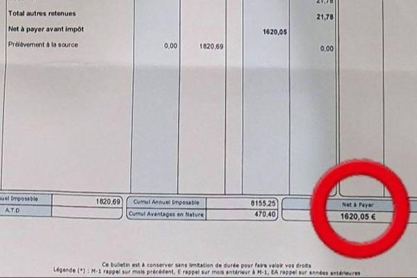 """15.05.2020. Lors de l'épidémie de coronavirus, un interne des Hôpitaux de Marseille partage son bulletin de paie pour témoigner de la disparité """"salaire-responsabilité""""."""