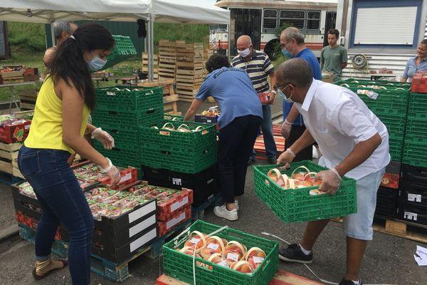 La Banque Alimentaire, le Secours Catholique et les Restos du coeur cherchent des bénévoles pour venir en aide aux sans-abris cet été à Toulouse.