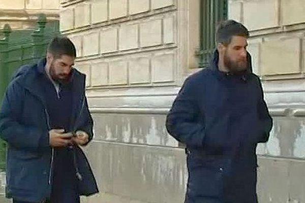 Montpellier - Luka et Nikola Karabatic arrivent au tribunal pour comparaître en appel - 24 novembre 2016.