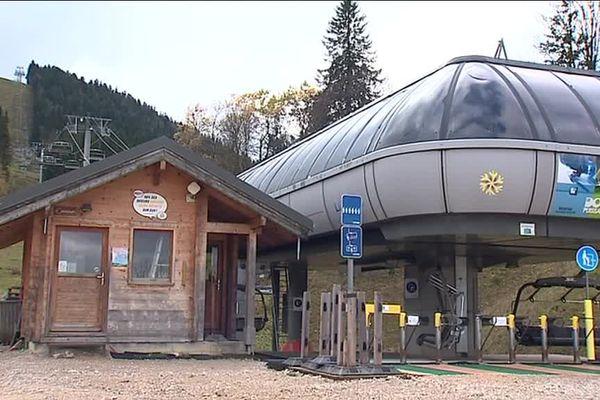 """La station de ski Métabief """"met le paquet"""" pour attirer les saisonniers."""
