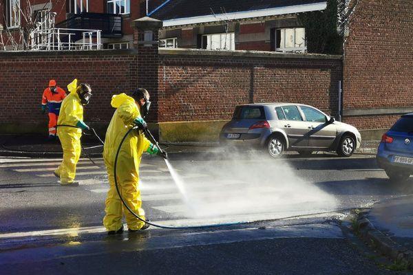 Nettoyage dans les rues de Valenciennes ce mercredi matin