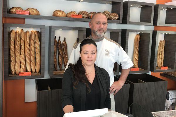 Isabelle et Lionel Guérin vont diminuer leurs heures d'ouverture de leur boulangerie de quartier à La Roche-sur-Yon