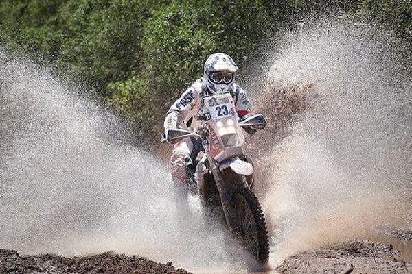Le pilote français Xavier De Soultrait durant la deuxième étape du Rallye Dakar 2017, entre Resistencia et Tucuman en Argentine, le 3 janvier 2017.