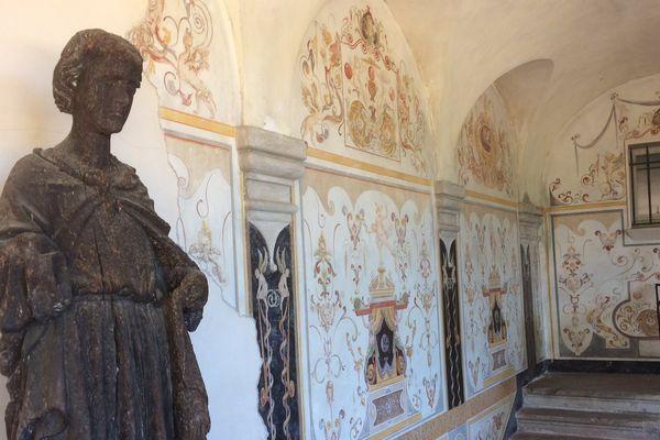 L'intérieur du château Diter à Grasse.