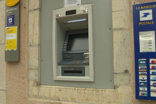 Ispagnac - Le seul distributeur automatique du village se retrouve souvent vide - 21.08.20