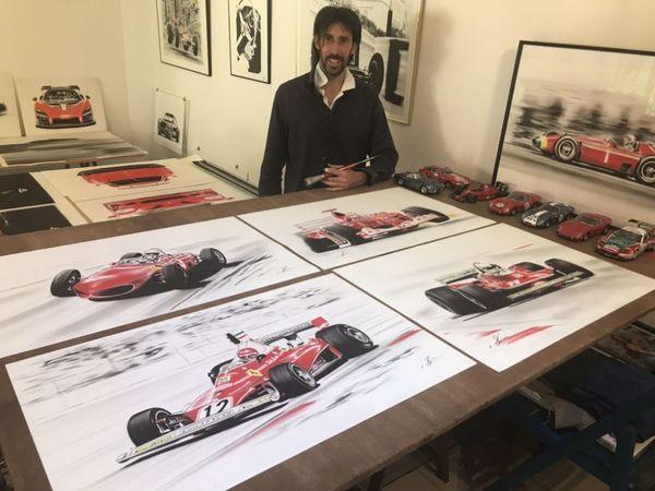 Dans son atelier de Joinville en Haute-Marne, Yan Denes est entouré par ses dessins des célèbres voitures rouges qu'il admire depuis l'enfance.