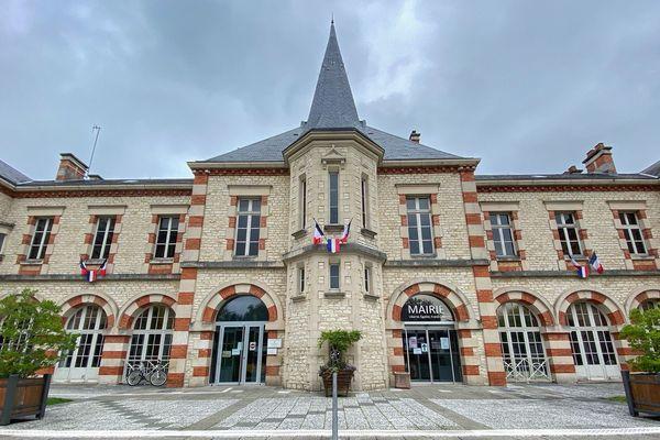 La mairie de Sainte Savine (Aube). Le maire sortant ne se représente pas.